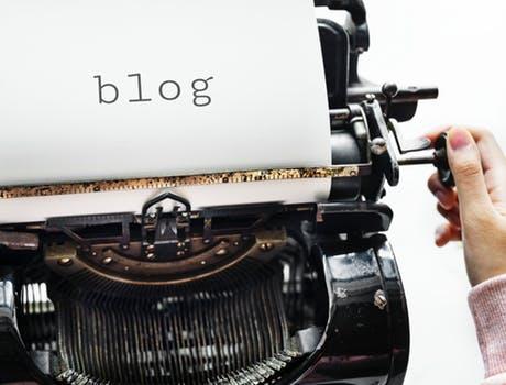 typewriter set up an ecommerce blog