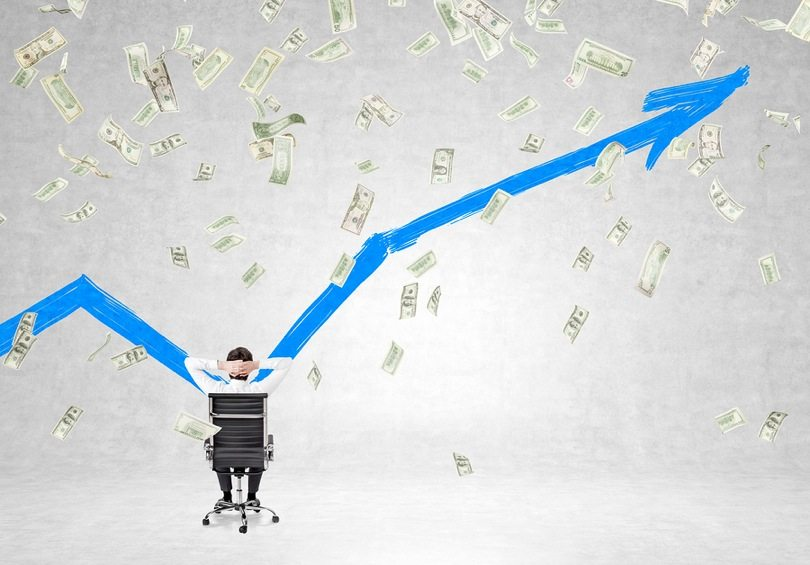 influence online sales money rolling in