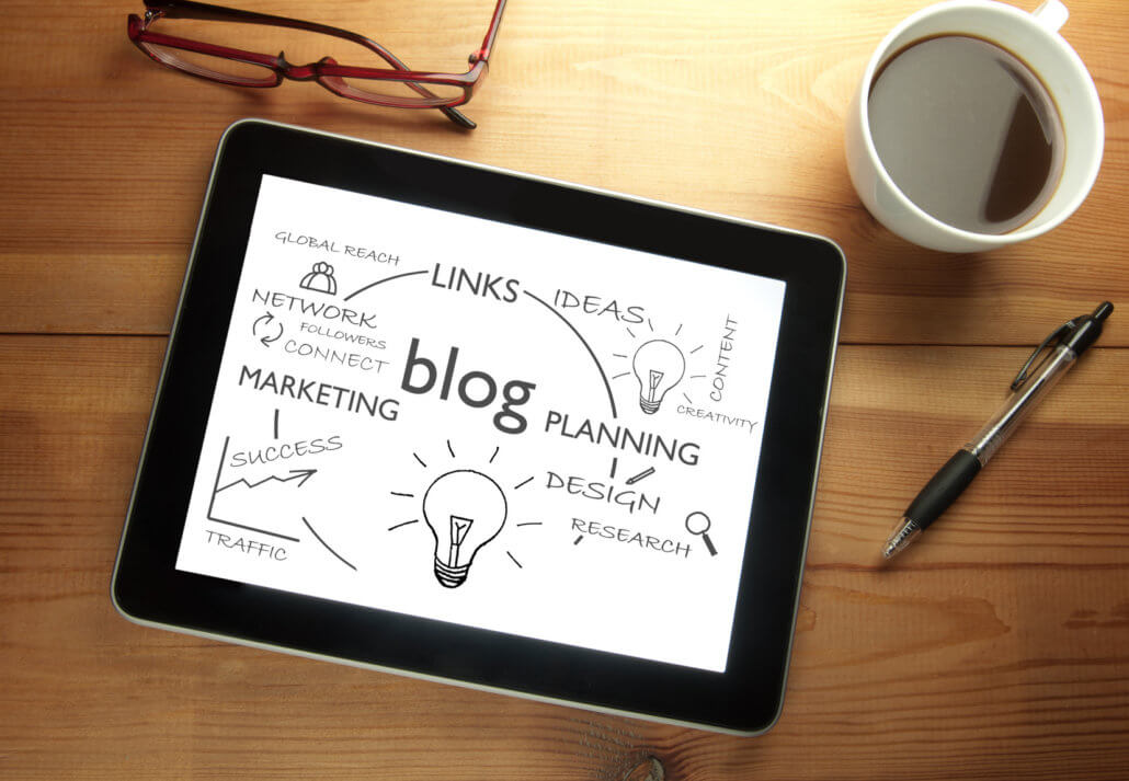 tablet with ideas for your ecommerce blog